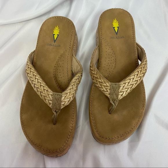 Volatile Tan Thong Sandals, size 8